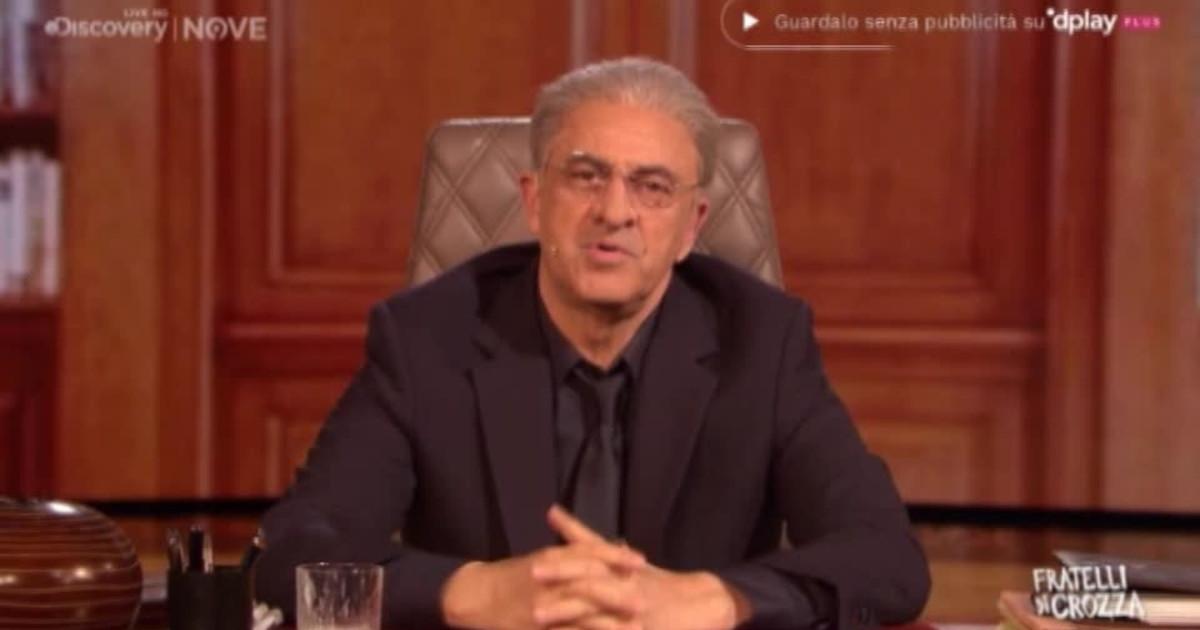 Maurizio Crozza è Vincenzo De Luca: che smacco da Luca Zaia