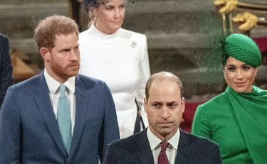 William e Kate furiosi: Harry e Meghan? Due bugiardi. I veri stracci volano