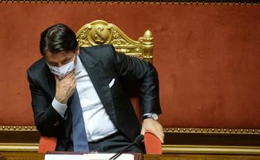 Segreto e lockdown, Socci smaschera Conte: ecco le prove del regime