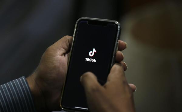Gli Usa hanno già cancellato TikTok. Via dai cellulari di governo e politici
