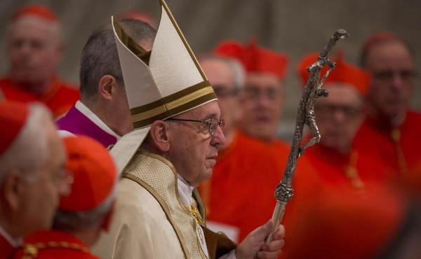 Il Vaticano è lo Stato che consuma più vino al mondo