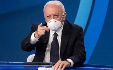 Campania Vincenzo De Luca Chiude Scuole E Universita Fino Al 30 Ottobre Il Tempo