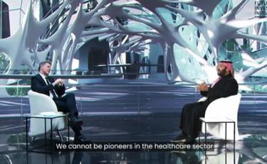 Renzi e il principe saudita, scoppia una polemica, soprattutto sui social