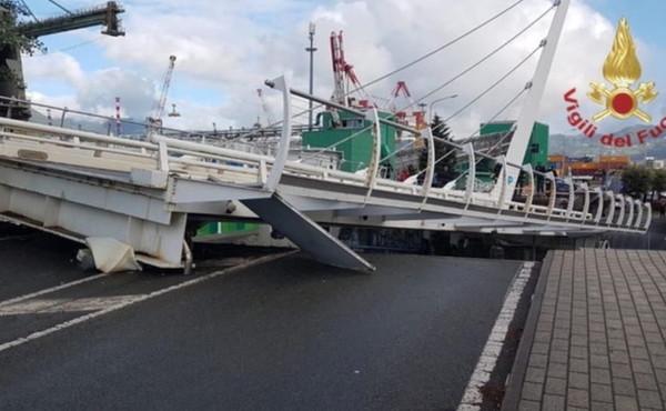 """La Spezia, caduto il ponte levatoio sulla darsena Pagliari: """"Nessun ferito"""""""