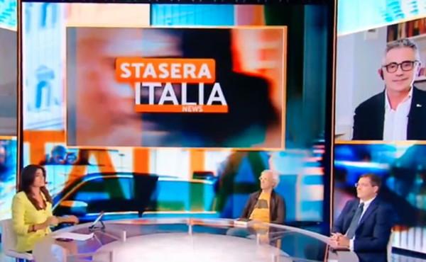 Stasera Italia, Daniele Capezzone zittisce Pregliasco sul vaccino ai giovani. Il virologo ko