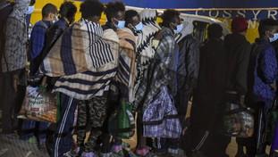 Imigrantes irrestritos, 45 mil visitas a partir de janeiro.  Desastre de Lamorkis