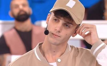Il figlio di Gigi D'Alessio in lacrime ad Amici: lo sfogo con Rudy Zerbi e i vuoti della vita