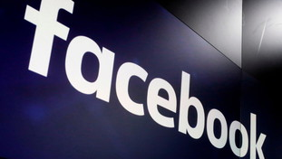 Around the world Facebook, Instagram and WhatsApp: What's going on